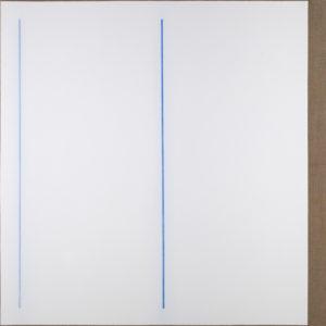 """Laurent Selmès, « 2 lignes bleues """"blue valentine"""" », 2018. Gesso et crayon bleu sur toile de lin montée sur châssis, 120 x 120 cm. ©Bertrand Hugues"""