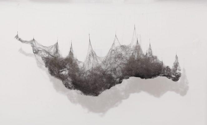 """Anne LAVAL, """"Paysage de poussière 1"""", 2012. Laine d'acier, fil de cupron. 180 cm x 80 cm x 30 cm."""